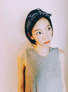 Check out the cute selfie from SNSD TaeYeon ~ Wonderful Generation ~ All About SNSD, Wonder Girls, and f(x) Kpop Girl Groups, Korean Girl Groups, Kpop Girls, Sooyoung, Yoona Snsd, Yuri, Taeyeon Fashion, Holiday Nights, Kim Tae Yeon