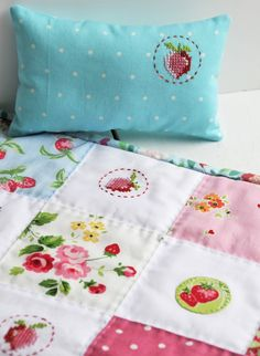 Helen Philipps: Strawberry Stitching