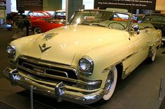 1954 Chrysler New Yorker Convertible Maintenance/restoration of old/vintage vehicles: the material for new cogs/casters/gears/pads could be cast polyamide which I (Cast polyamide) can produce. My contact: tatjana.alic@windowslive.com