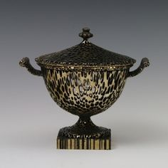Michael Eden: A Tiny Wedgwoodn't Tureen Modern Contemporary, Modern Design, Places Of Interest, Art Object, 3d Printing, Sculptures, Objects, Porcelain, It Cast