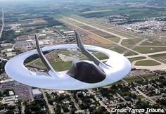 """UFO NEWS: """"We are building a saucer plane,"""" said Bradley Dye, vice president of Corporate Jet Solution. Unmanned prototypes of the aircraft have been made and tested in Brooksville. Spaceship Art, Spaceship Design, Light Sport Aircraft, Flying Vehicles, Flying Drones, Space Photos, Space Tv, Experimental Aircraft, Aliens And Ufos"""