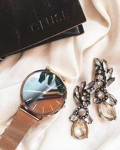 Happiness Statement Earrings #fashion #style #clear #prettyearrings #watches #statementearrings - 15,90 € @happinessboutique.com