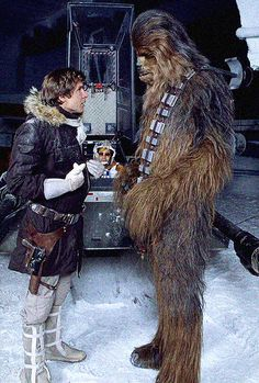 Harrison Ford and Peter Mayhew on the setStar Wars: Episode V - The Empire Strikes Back(1983)