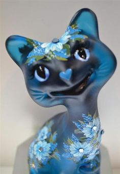 Fenton CAT HAPPY CAT 6 Carribean Blue Satin MUMS w Swarovski OOAK