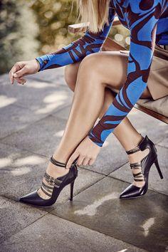Femme fatale. Atrévete a usar este stiletto con minitiras en colores metálicos, ideal para esta temporada.