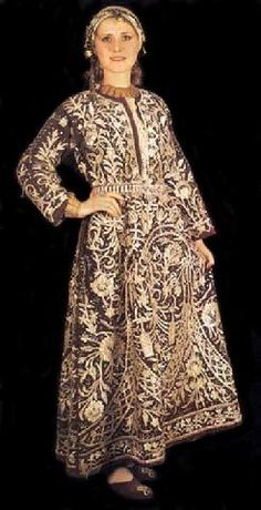 Traditional bridal robe('bindallı entari') from Adapazarı. Late c. Adorned with goldwork embroidery ('Maras isi') on velvet. Turkish Wedding Dress, Turkish People, Budget Bride, Gold Work, Bridal Robes, Wedding Invitation Suite, Wedding Paper, Traditional Dresses, Traveling By Yourself