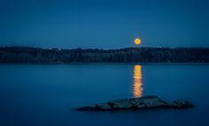 Moon in the lake! by Aziz Nasuti on 500px