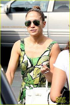 Celebrities In Ray Ban Aviators