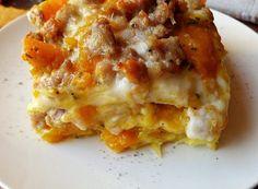 LASAGNE CON ZUCCA E SALSICCIA Crepes, Antipasto, Lasagna, Catering, Favorite Recipes, Cooking, Ethnic Recipes, Food, Halloween