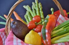 Life is vibrant, and your diet should be, too! Try to add lots of colorful fruit and veg to your diet today. What's your favorite colorful food? Nutrition Education, Nutrition Holistique, Holistic Nutrition, Sports Nutrition, Nutrition Plate, Nutrition Quotes, Nutrition Activities, Child Nutrition, Herbalife