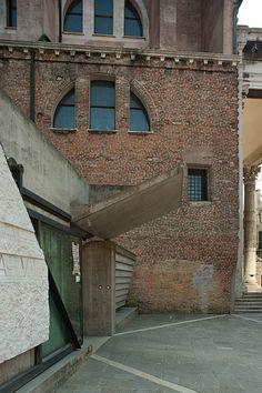 Ingresso della Facoltà di Architettura_IUAV  Carlo Scarpa 1966-1985  Venezia Italy