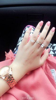 Imran shehzaad stylish watches for girls, stylish girl pic, pretty hands, beautiful hands Hand Pictures, Girly Pictures, Stylish Girls Photos, Stylish Girl Pic, Beautiful Girl Image, Beautiful Hands, Pretty Hands, Girl Photo Poses, Girl Photos