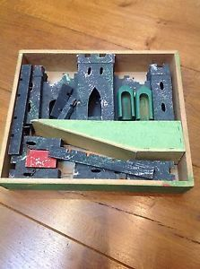 "Vintage Tri-ang Fold Away Model No. ""y"" "" Wooden Fort """