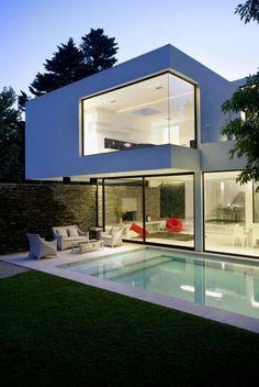Casa clean com piscina