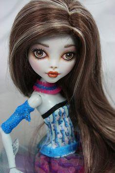 """Monster High """"Lagoona Blue """" OOAK repaint .... Ashton   eBay"""