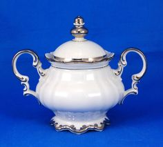 When I think of sugar bowls, this is what I see!