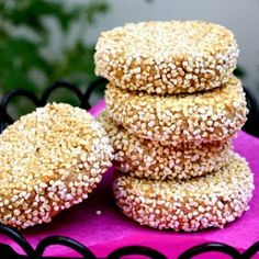 GALLETAS DE AMARANTO Y HARINA INTEGRAL Mexican Food Recipes, Cookie Recipes, Vegan Recipes, Vegan Food, Party Finger Foods, Finger Food Appetizers, Sugar Free Cookies, Yummy Cookies, Recipe For Mom