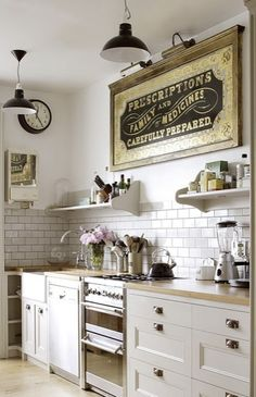 white tiles vintage kitchen