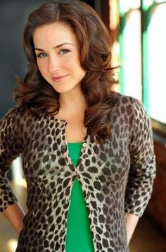 erin karpluk biography