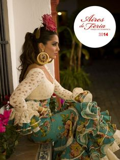 Just because it's so pretty Flamenco Costume, Flamenco Skirt, Flamenco Dancers, Belly Dancers, Flamenco Dresses, Spanish Dance, Spanish Woman, Tango Dress, Spanish Fashion