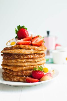 Vegan Oat Pancakes - 4 Ingredients - The Queen of Delicious Fruit Smoothies, Smoothie Recipes, Milk Recipes, Vegan Recipes, Oat Pancakes, Yummy Food, Tasty, Delicious Fruit, Vegan Baking