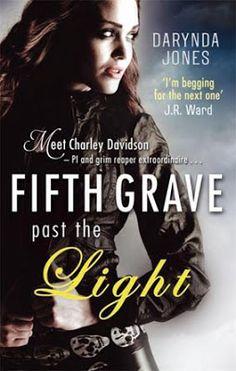 LAS HADAS DE LOS LIBROS: Saga:Charley Darvidson- Darynda Jones