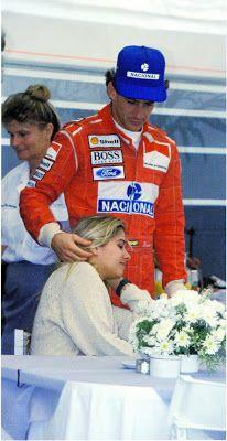 Ayrton and Adriane Grid Girls, Gp Do Brasil, San Marino Grand Prix, Formula 1 Car, Triumph, F1 Drivers, Racing Team, Car And Driver, Vintage Racing
