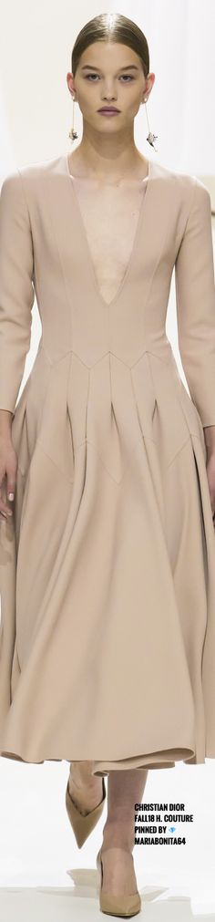 Grey Fashion, Fashion 2018, Womens Fashion, Baby Couture, Dior Couture, Cristian Dior, Creme Color, Shades Of Beige, Classy And Fabulous