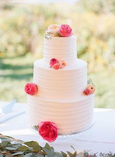 Cake: Cakes By Liz - http://www.stylemepretty.com/portfolio/cakes-by-liz-2 Photography: Ruth Eileen Photography - rutheileenphotography.com   Read More on SMP: http://www.stylemepretty.com/2016/01/26/blogger-bride-jessye-of-city-tonics-colorful-diy-wedding/