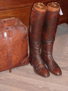 Laarzen met Mallen Social Climber, Country Lifestyle, English Manor, Old Money, Equestrian Style, Brown Leather Boots, City Chic, Country Style, Riding Boots