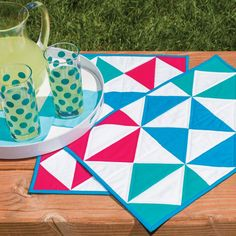 FREE @AccuQuilt pattern creates these easy GO! Flying Diamonds placemats. Create 2,4,6 or 8 FAST!