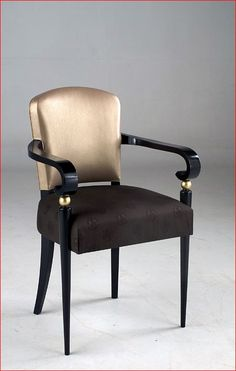 Now that's a luxe chair - would also look great in black and white