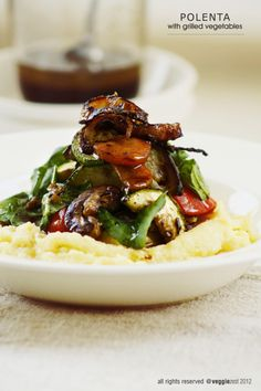 Polenta with grilled veggies (I wonder if I could replace the polenta with quinoa for a protein boost)