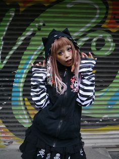 Psycho Border Zip Hoodie (F) S-114129005-02 SUPER LOVERS APPAREL