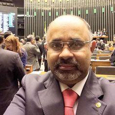 Novo ministro do Esporte foi flagrado com malas de dinheiro