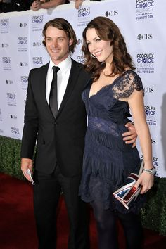 Louise Griffiths and Jesse Spencer Photos - 35th Annual Peoples Choice Awards - Arrivals - Zimbio