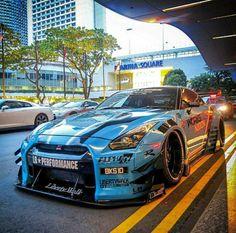 Nissan Gtr Nismo, Nissan Gtr Skyline, Nissan Sports Cars, Sport Cars, Street Racing Cars, Auto Racing, Drag Racing, Drifting Cars, Power Cars