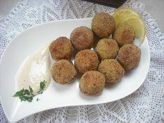 Operación Pastelito:: Falafel o croquetas de garbanzos con salsa de yogur (thermomix)
