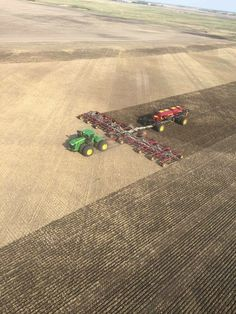 American Agriculture, Agriculture Farming, Big Tractors, John Deere Tractors, Farm Humor, John Deere Toys, Crop Farming, John Deere Combine, Tractor Pictures