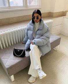Image discovered by M️️. Find images and videos about sunglasses, ig model and outfit of the day ootd on We Heart It - the app to get lost in what you love. Edgy Outfits, Classy Outfits, Cute Outfits, Fashion Outfits, Womens Fashion, Minimalist Fashion French, Baggy Clothes, Winter Fits, Aesthetic Fashion