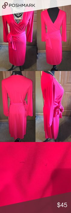 ❤️vibrant red stretchy wrap dress NY & CO NY&CO red wrap dress like new beautiful dress.. so flattering and sexy.. can be dressed up or down.. it has 2 small pen mark in front very tiny ..  Its a wrap dress so can stretch and adjust m/l fit NY & CO Dresses Midi