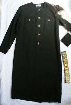 Rochie vintage Givenchy, midi, neagra cu nasturi aurii