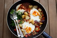 Spanish style hash and eggs