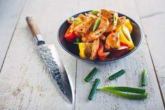 Bekijk hier het recept voor Sticky chicken. Gemaakt door Mr. Fillet. Raak geïnspireerd door alle kip gerechten bij Mr. Fillet. Sticky Chicken, Thai Red Curry, Carrots, Vegetables, Ethnic Recipes, Food, Salad, Lasagna, Essen