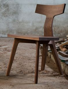 Fin Chair by Matthew Hilton silla madera