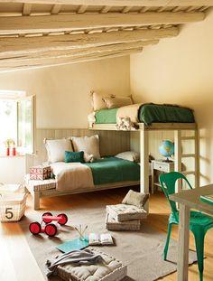 """Dormitorio con literas en """"L"""". Cama alta y en L"""