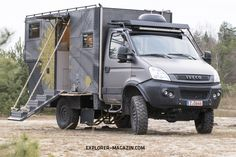 Die Offroad-Harley - Iveco Daily in Mad-Max Optik Iveco Daily 4x4, Iveco Daily Camper, Iveco 4x4, Off Road Camper, Truck Camper, Mad Max, Land Rover Camping, Harley Davidson, Expedition Vehicle