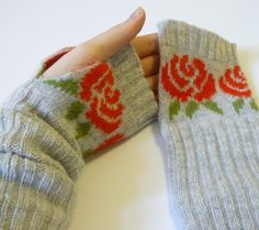 fingerless gloves from sweater