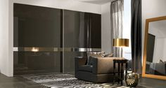 Puertas correderas con franja de espejo modelo Obi. Armoire Design, Canapé Design, Bed Back, Closet Bedroom, Luxury, Wardrobes, Inspiration, Furniture, Dark Spots