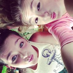 Kendall & Chloe